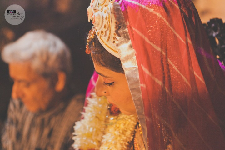 wedding, bengali, delhi, wedding photography, candid wedding photography, wedding photographer, contemporary, lifestyle, contemporary wedding photography, jewellery, mehendi, amita, suraaj