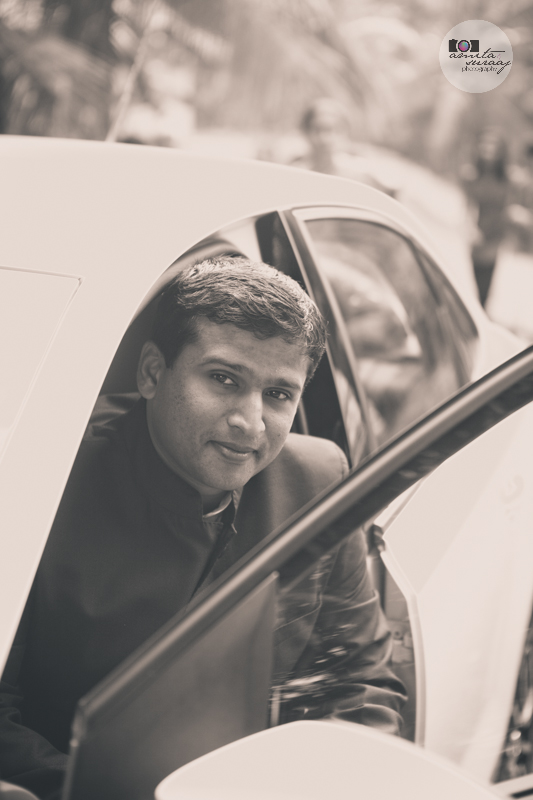 groom in car in kerala