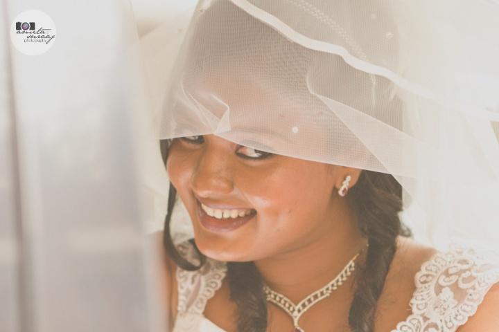 fun bride at wedding in delhi