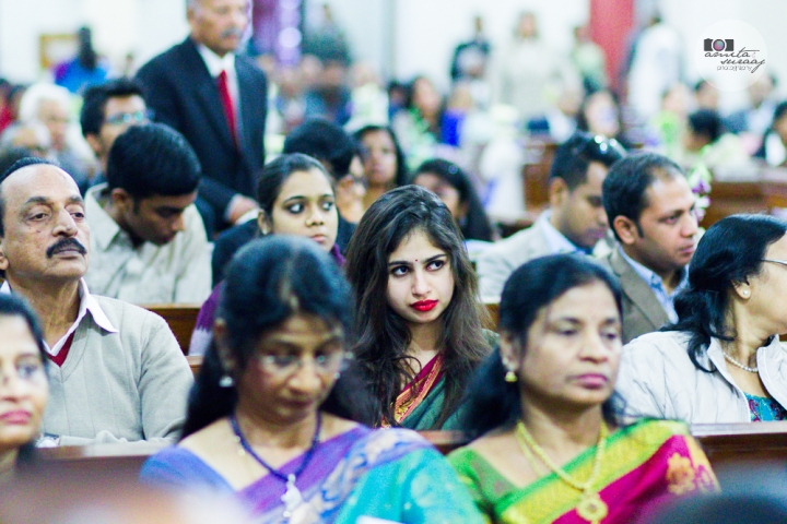 guests at church wedding in delhi