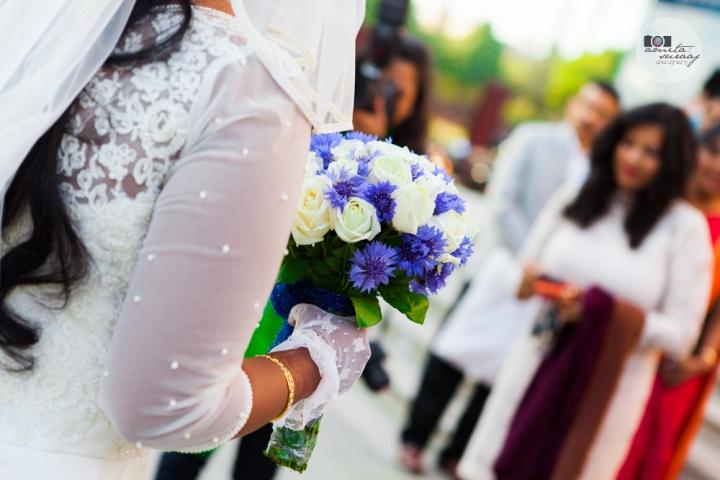 bouquet at church wedding in delhi